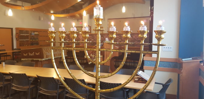 Menorah Westmount orthodox synagogue thornhill