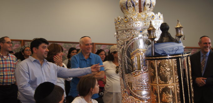 new sefer torah at bnei israel minyan thornhill