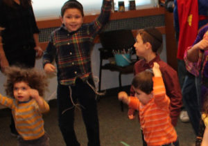 Kids programs on Shabbat and on Holidays